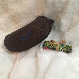 Maui Jim Sunglass Case with cleaning cloth pouch